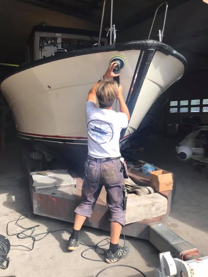 Polering båtjobb Scandinavian Yacht Sevice
